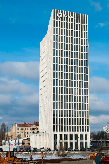 Tour Total Berlin (Quelle: Dirk Ingo Frank - Wikimedia Commons)